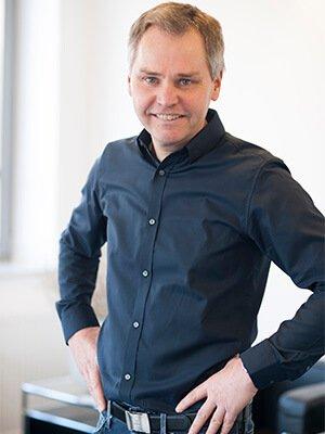 Dr. Axel Niemann